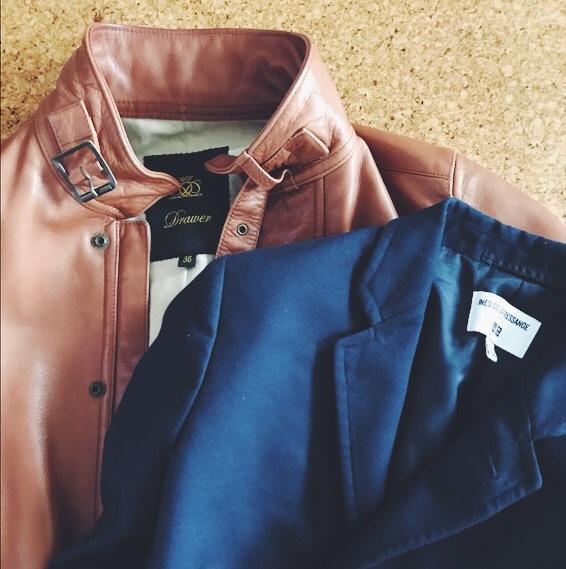 レザーシャケットと紺ブレ