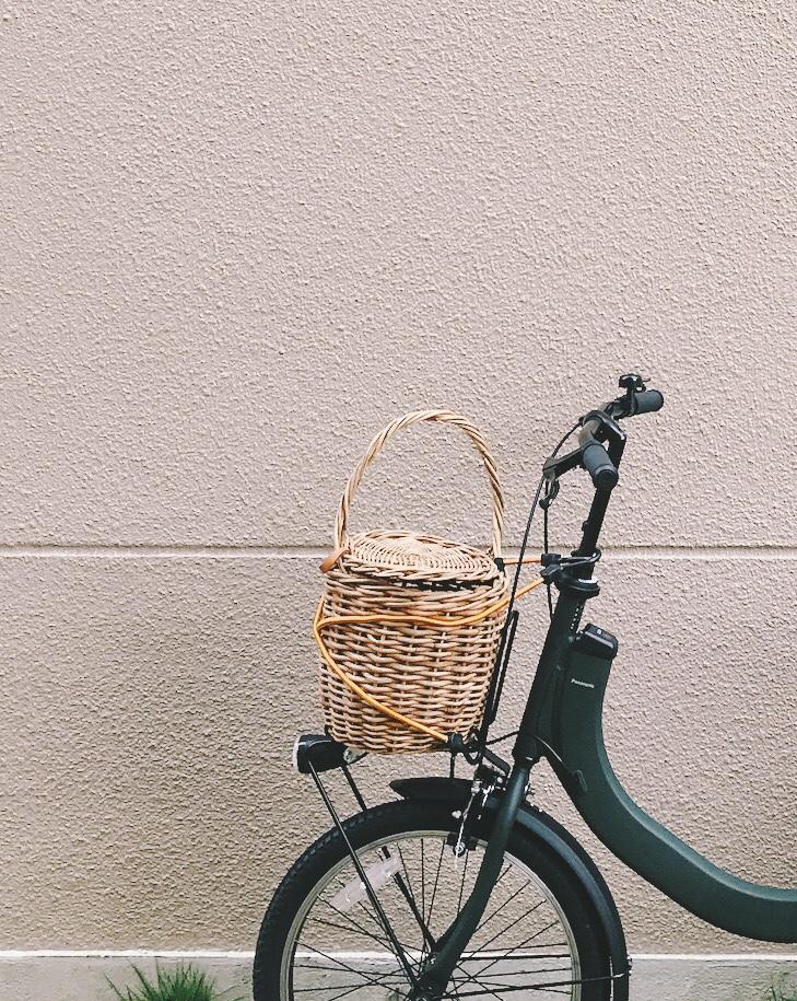おしゃれ伝送自転車のかご