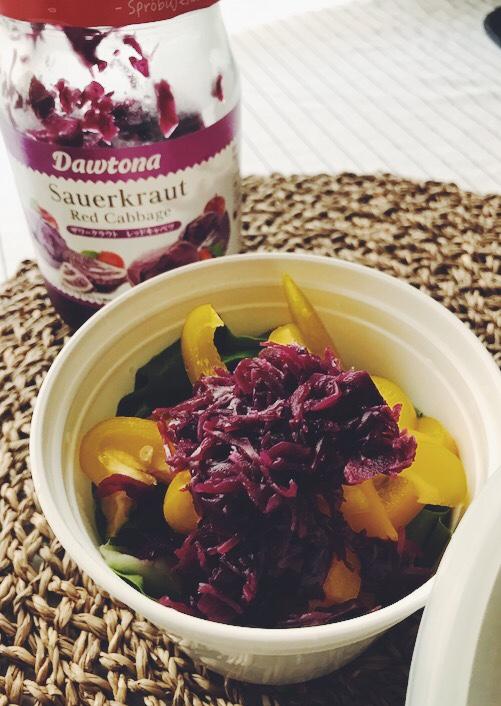 紫キャベツザワークラウトのサラダ
