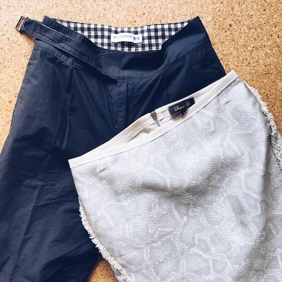 タイプライターパンツとタイトスカート