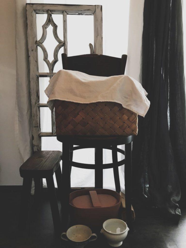 アンティークの椅子