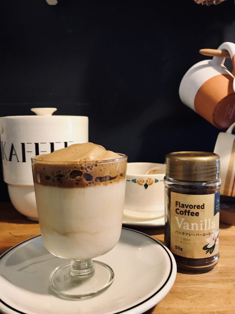 パイ風キッチンとダルゴナコーヒー