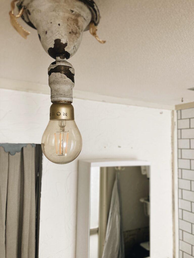 アンテークの照明器具
