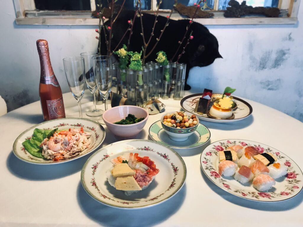 パリ風ひな祭りパーティーのテーブルコーディネート