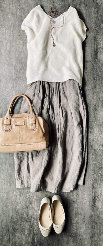 マーガレットハウエルのスカート50代1週間コーデ