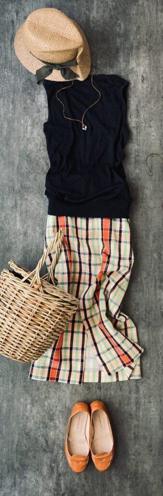 50代コーデZARAのチェックのスカート