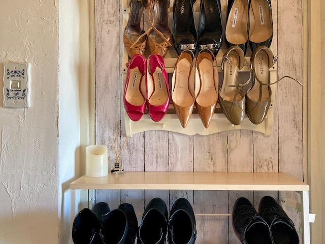 パリ風インテリアの靴収納